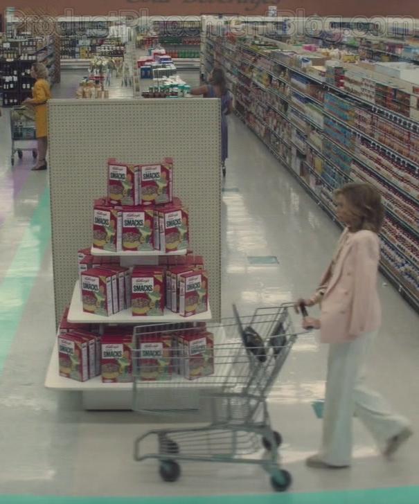 Kellogg's Sugar Cereals in Dirty John S02E01 TV Show (1)