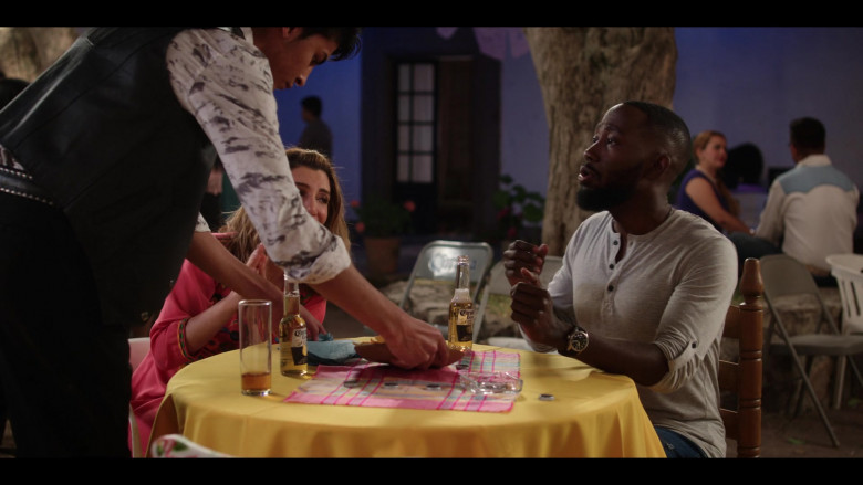 Lamorne Morris as Sean Drinks Corona Beer in Desperados 2020 Netflix Comedy Movie (3)