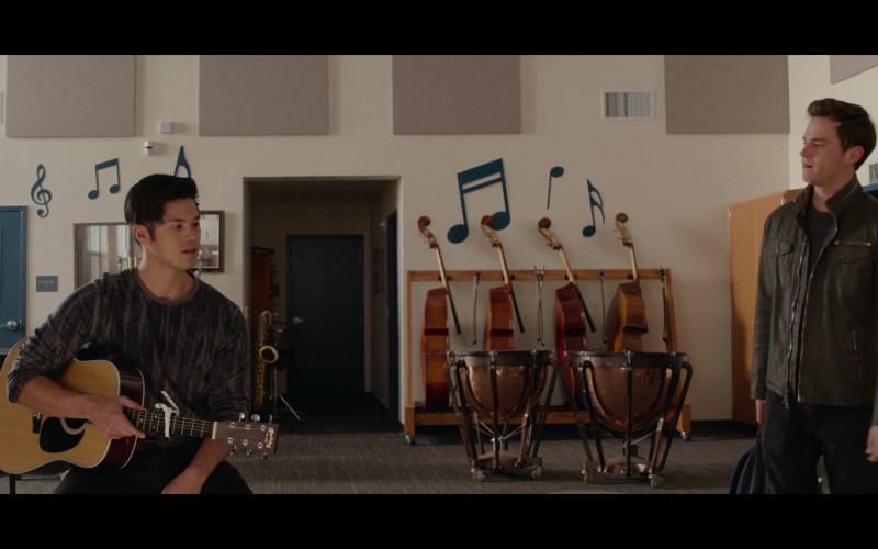 Martin Guitar Held by Ross Butler as Zach Dempsey in 13 Reasons Why S04E07 College Interview (2020)