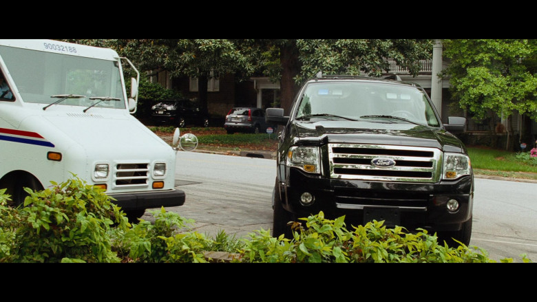Martin Lawrence Driving Ford Expedition EL Gen.3 Car (2)