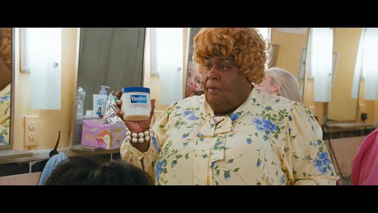 Martin Lawrence Holding Vaseline Petroleum Jelly Original in Big Mommas Like Father, Like Son Movie