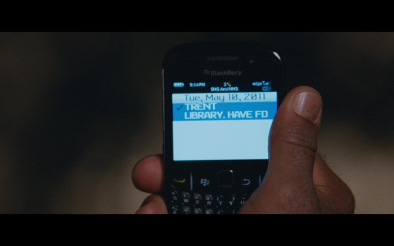 Martin Lawrence Using Blackberry Mobile Phone in Big Mommas Like Father, Like Son Film (2)