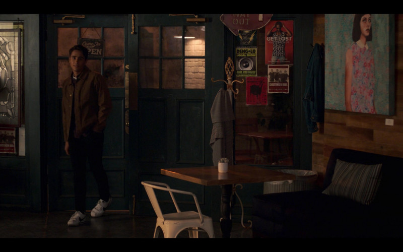 Michael Cimino as Victor Salazar Wears Nike Cortez Shoes in Love, Victor S01E06 TV Show