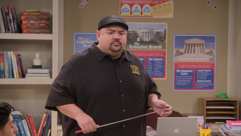 Microsoft Surface Laptop of Gabriel Iglesias in Mr. Iglesias S02E01 True Calling (2)