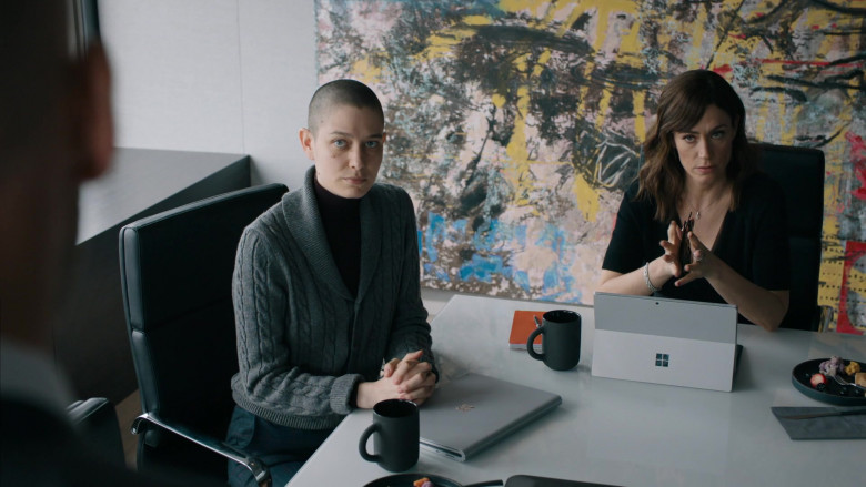 Microsoft Surface Tablet Used by Maggie Siff as Wendy Rhoades in Billions S05E07 (2)