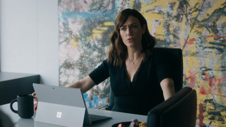 Microsoft Surface Tablet Used by Maggie Siff as Wendy Rhoades in Billions S05E07 (3)