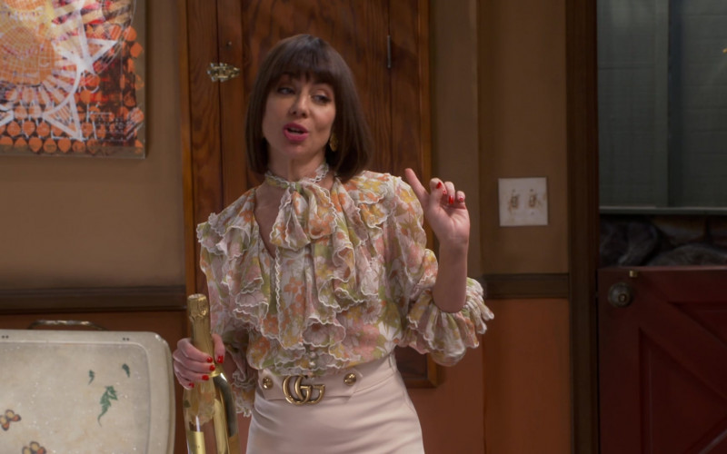 Natasha Leggero Wears Gucci Leather Skirt Outfit in Broke TV Show – Episode 12 (1)