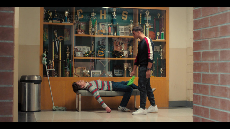 Nike Air Force 1 All-White Sneakers Worn by Mason Gooding as Andrew in Love, Victor S01E08 (2)
