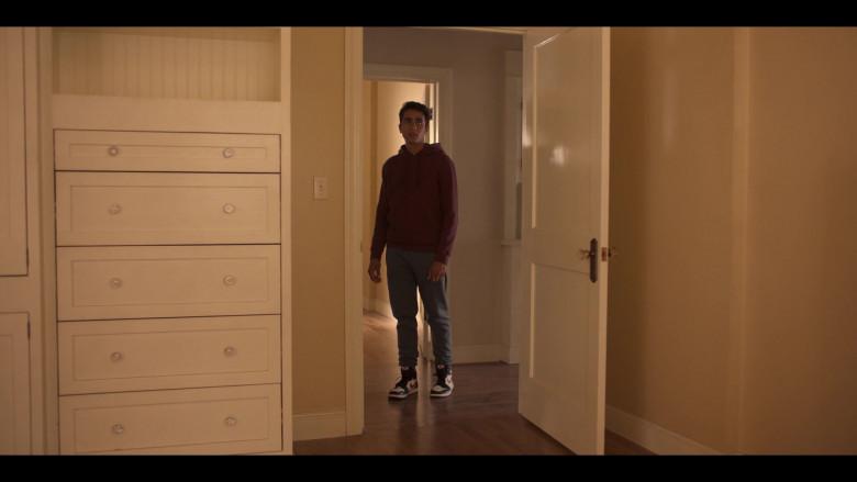 Nike Air Jordan 1 Sneakers Worn by Michael Cimino in Love, Victor S01E01 (2)