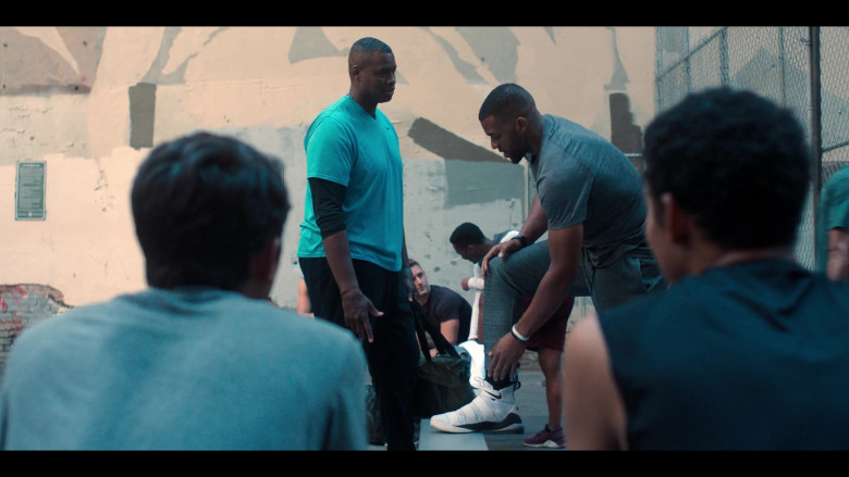 Nike LeBron Soldier XI Basketball Sneakers in Love, Victor S01E08 (2)
