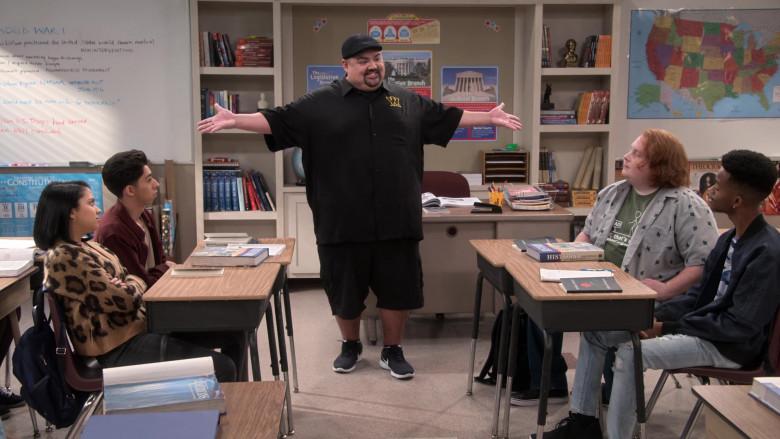 Nike Sneakers Worn by Gabriel 'Fluffy' Iglesias in Mr. Iglesias S02E04 (1)