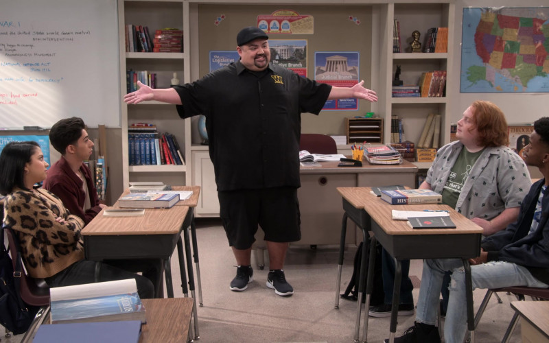 Nike Sneakers Worn by Gabriel 'Fluffy' Iglesias in Mr. Iglesias S02E04 (1)