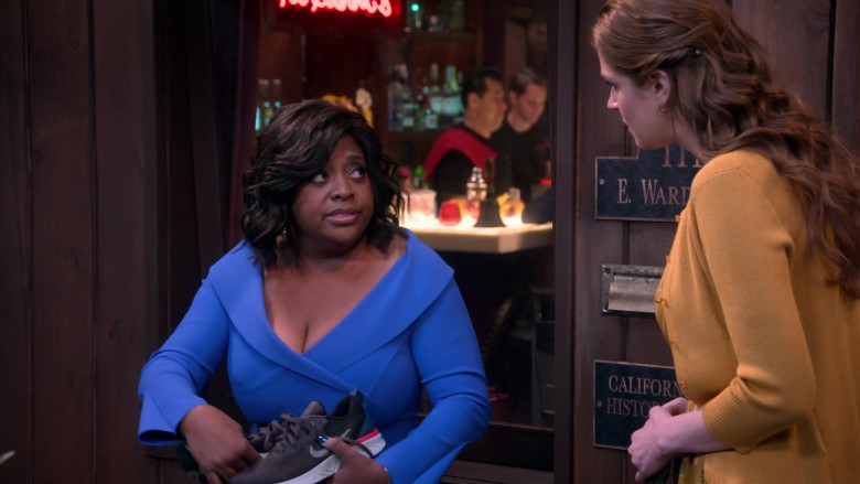 Nike Women's Sneakers of Sherri Shepherd as Paula Madison in Mr. Iglesias S02E03