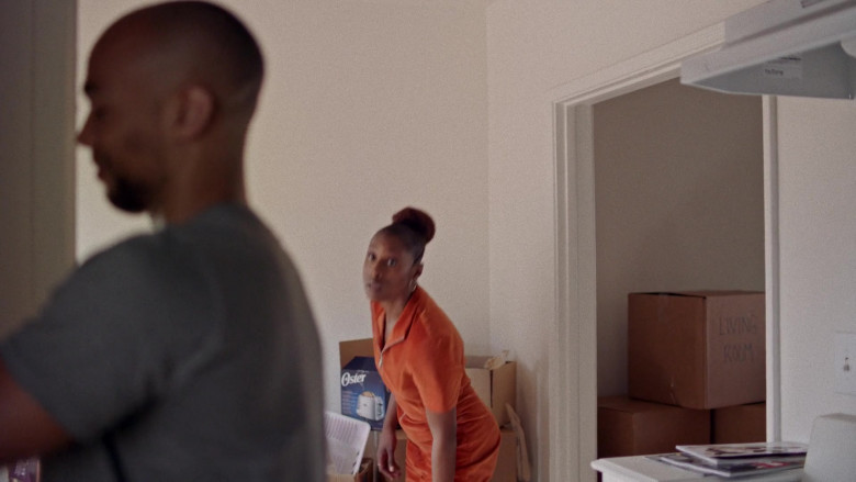 Oster Toaster in Insecure S04E09 Lowkey Trying (2020)
