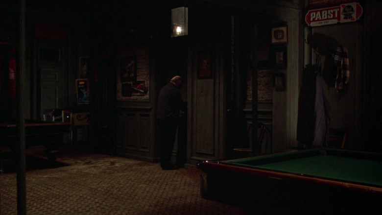 Pabst Blue Ribbon Beer Signs in Once Upon a Time in America FIlm (3)