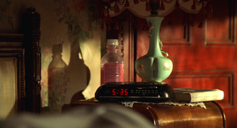 Panasonic Digital Clock in Big Momma's House (2000)