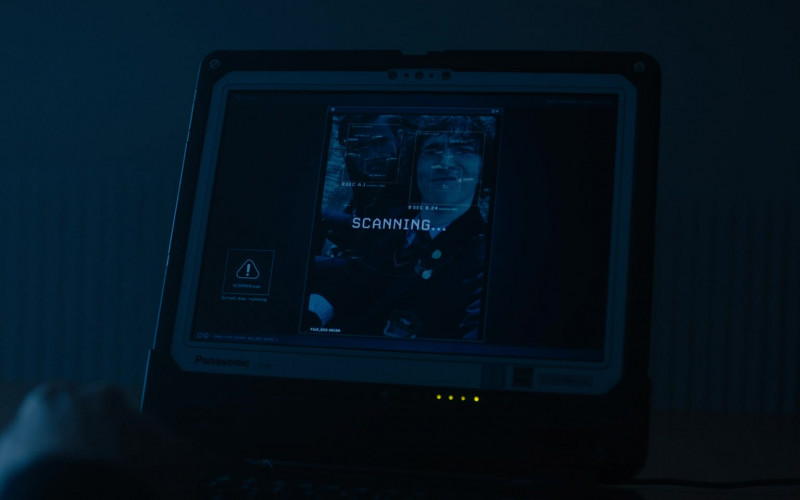 Panasonic Laptop in Alex Rider S01E05 (1)