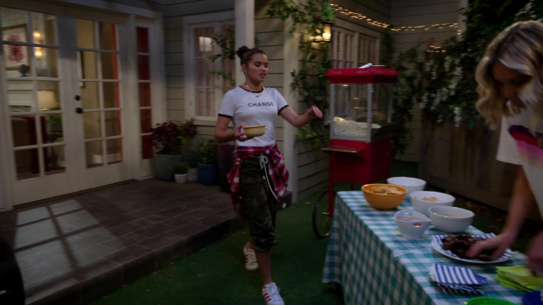 Paris Berelc Wears White Tee, Camo Pants Outfit and Adidas Sneakers in Alexa & Katie S04E08 TV Show (1)