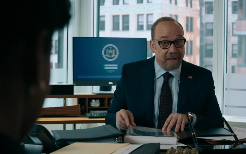 Paul Giamatti as Charles 'Chuck' Rhoades, Jr. Using Dell Monitor in Billions S05E06 TV Show (1)
