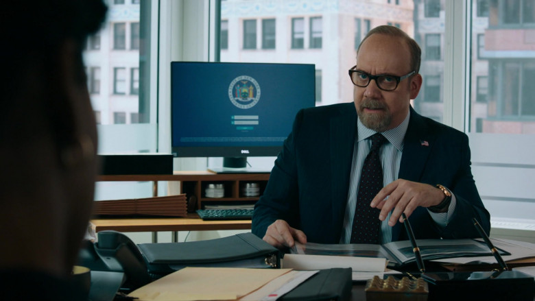Paul Giamatti as Charles 'Chuck' Rhoades, Jr. Using Dell Monitor in Billions S05E06 TV Show (2)