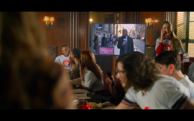 Philips TV in The Politician S02E05 The Voters (2020)