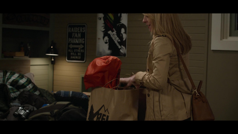 REI Co-op Paper Bags in 13 Reasons Why S04E04 Senior Camping Trip (2)
