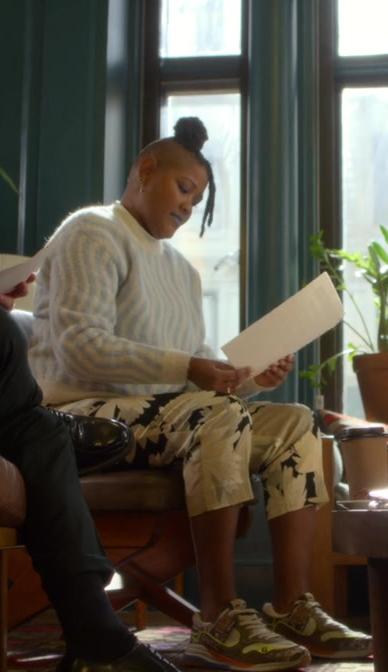 Rahne Jones as Skye Leighton Wears Gucci Sneakers The Politician S02E03 TV Show