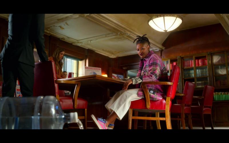 Rahne Jones as Skye Leighton Wears Vans Shoes in The Politician S02E01 TV Series