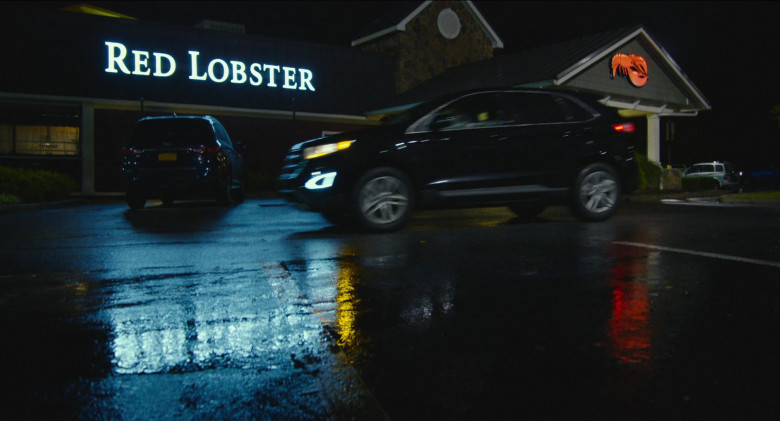 Red Lobster Restaurant in Impractical Jokers The Movie (2020)