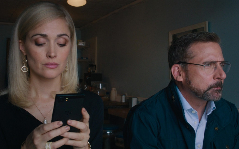 Rose Byrne Using Blackberry Smartphone in Irresistible Film
