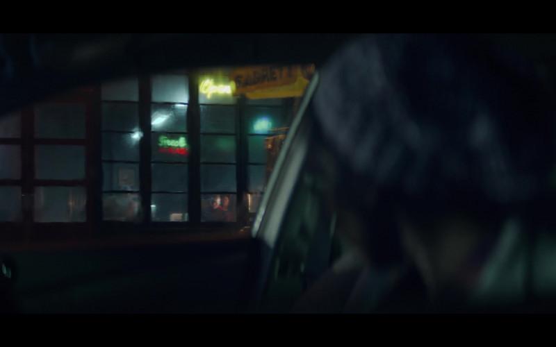 Sabrett Hot Dogs Umbrella Seen in Doom Patrol S02E02 Tyme Patrol TV Series (2)