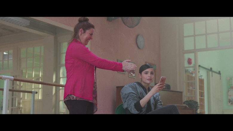 Sofia Carson Using Apple iPhone Smartphone in Feel the Beat 2020 Film (2)
