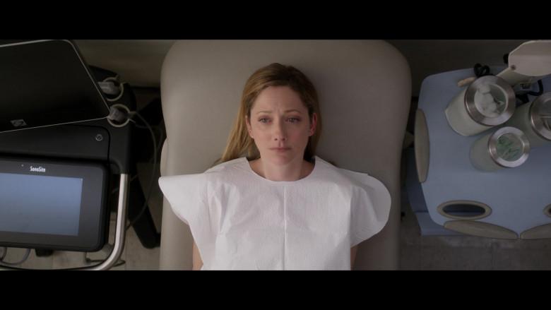 SonoSite Ultrasound Machine in Into the Dark S02E09 (2)