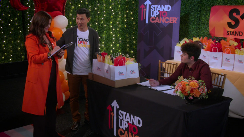Stand Up to Cancer Charitable Program of the Entertainment Industry Foundation in Alexa & Katie TV Show (6)