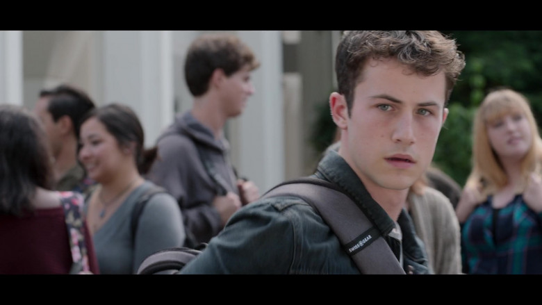 SwissGear Backpack of Dylan Minnette as Clay Jensen in 13 Reasons Why S04E02 College Tour (2)