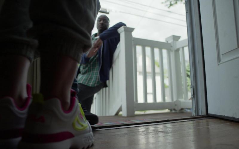 TV Series Cast Member Wears Fila Women's Shoes in Hightown S01E06