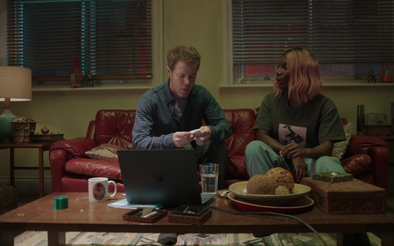 TV Show Actor Using Microsoft Surface Laptop in I May Destroy You S01E02 Someone Is Lying 2020 (1)