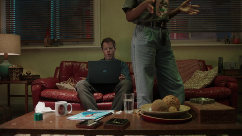 TV Show Actor Using Microsoft Surface Laptop in I May Destroy You S01E02 Someone Is Lying 2020 (2)