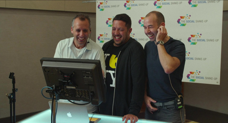 The Social Shake-Up Conference in Impractical Jokers The Movie (3)