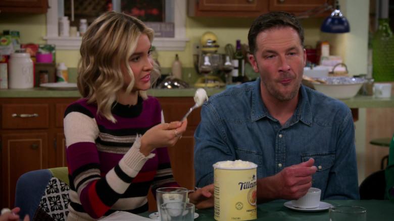 Tillamook Ice Cream Held by Isabel May in Alexa & Katie S04E03 (4)