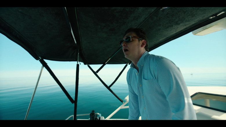 Toby Leonard Moore Wears Ray-Ban Sunglasses in Condor S02E03 TV Show (1)