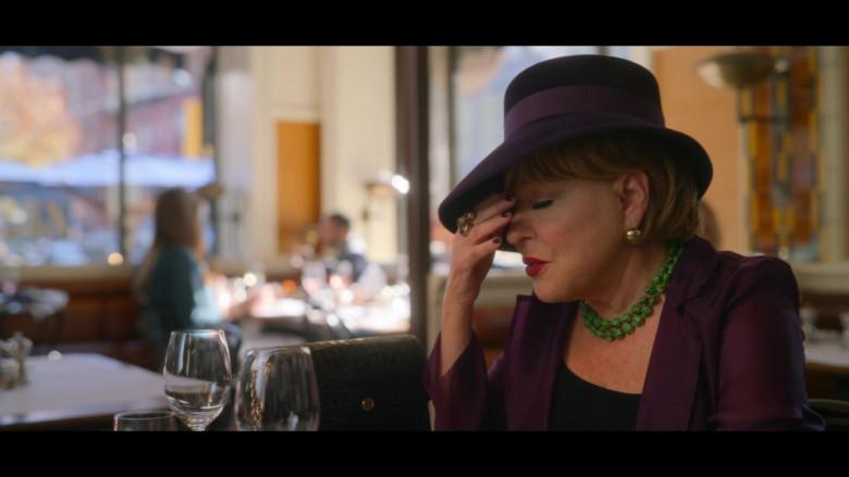 Tory Burch Handbag of Bette Midler as Hadassah Gold in The Politician S02E02 TV Show (1)