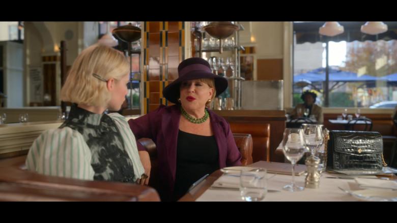 Tory Burch Handbag of Bette Midler as Hadassah Gold in The Politician S02E02 TV Show (2)
