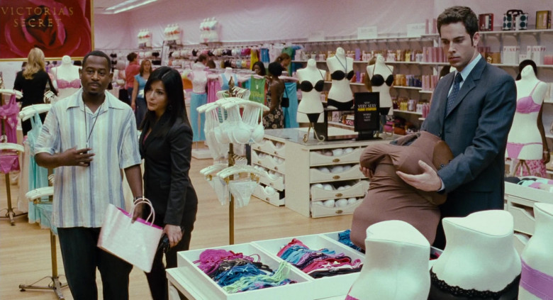 Victoria's Secret Lingerie Store in Big Momma's House 2 Movie (2)