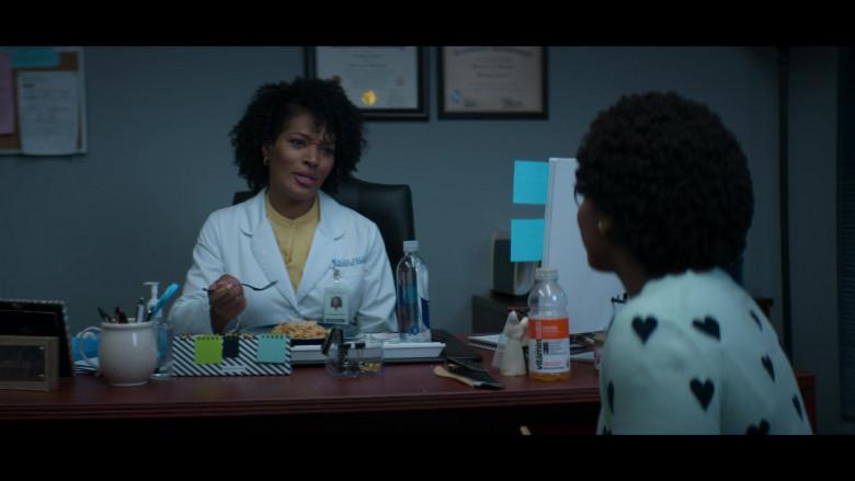 Vitaminwater Orange Water Drink in Stargirl S01E04 Wildcat (2020)