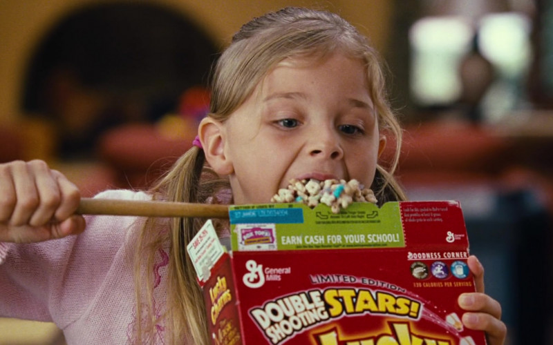 Young Chloë Grace Moretz Enjoying General Mills Lucky Charms Cereal in Big Momma's House 2 Film (3)