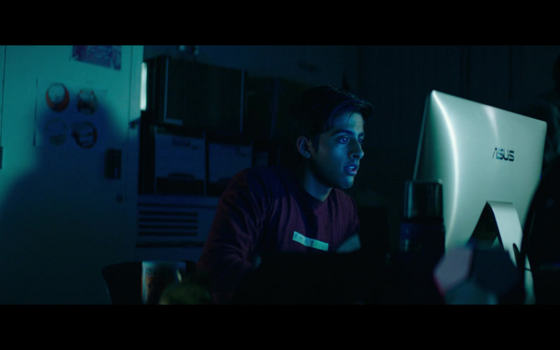 Actor Karan Brar Using Asus All-In-One Desktop Computer in The Fk-It List 2020 Film (1)