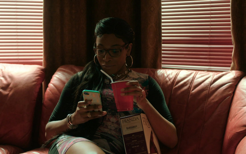 Actress Enjoying Franzia Wine in The Chi S03E05 (1)