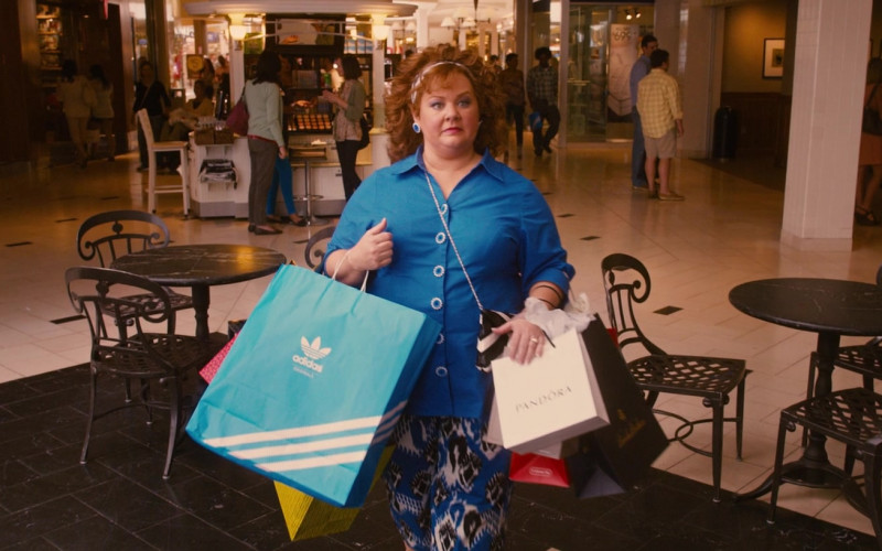 Adidas and Pandora Paper Bags Held by Melissa McCarthy in Identity Thief