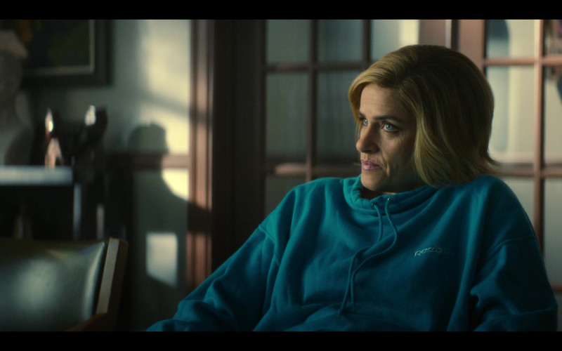 Amanda Peet Wears Reebok Women's Blue Hoodie Outfit 2020 in Dirty John Season 2 TV Show